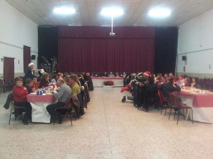 Cena solidaria en Instinción a favor de la asociación autismo dárata