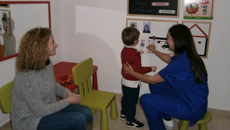 Asociación Autismo Dárata firma un acuerdo con el gabinete psicopedagógico Interactúa