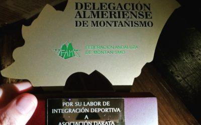 Reconocimiento de la Delegación de montañismo Almería a Autismo Dárata